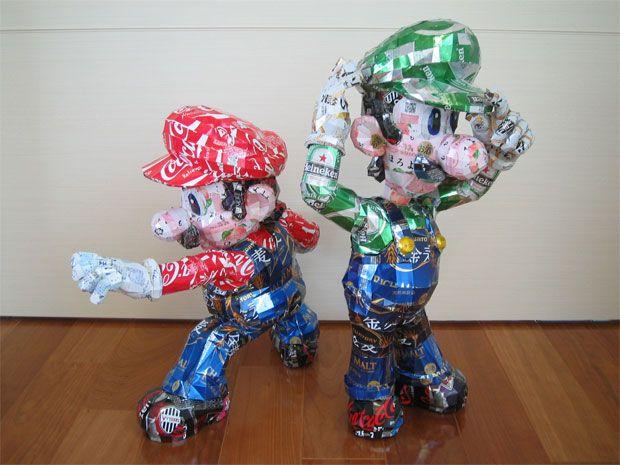 Esculturas feitas com latinhas - Mario